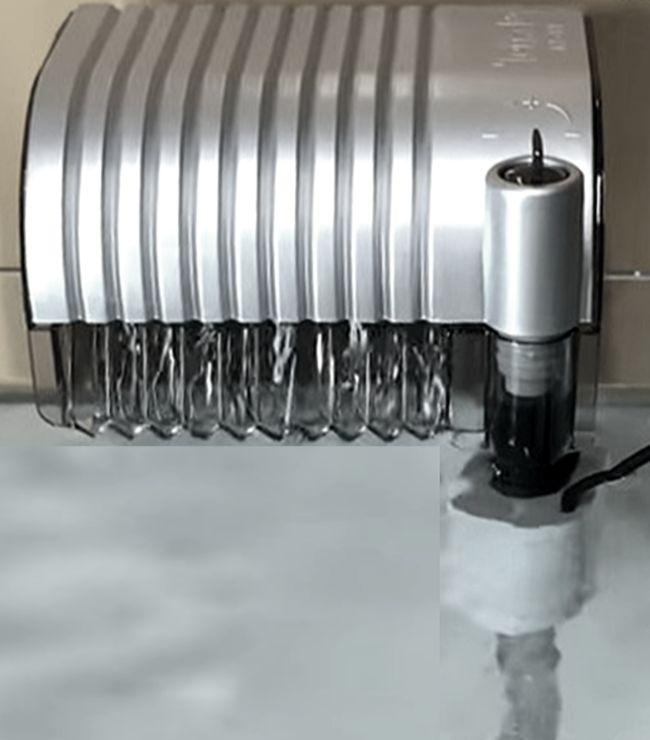 水中ポンプ方式の外掛け式フィルター