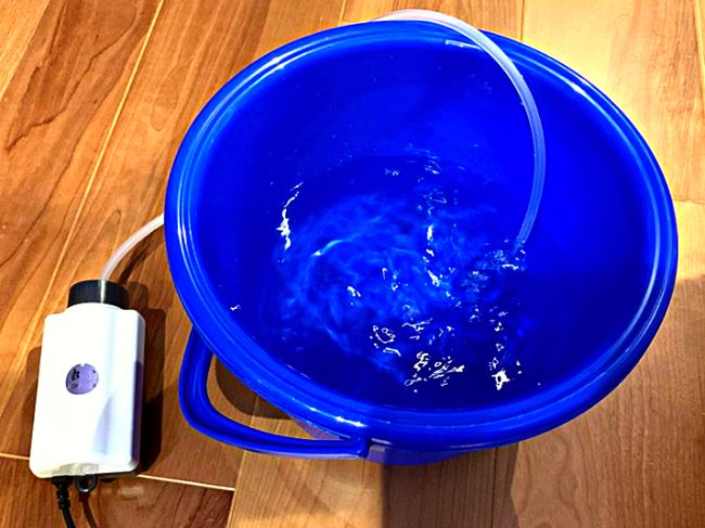 水を煮沸してもカルキを抜くことができるが酸素も抜けてしまい酸欠の危険があるのでエアレーションをしてから使用する